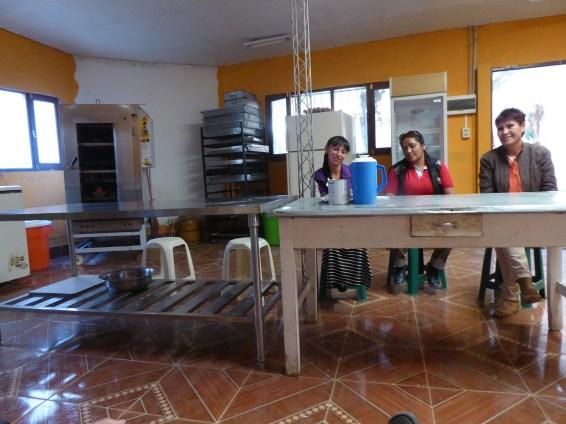 .. an der Bäckerei léiren d'Fraen e Beruf