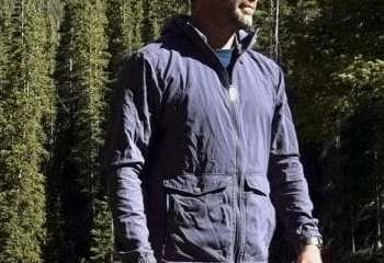 Fjallraven Greenland Wind Jacket - Durable and Useful Jacket 2