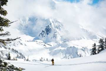 Mt Shuksan - Fourpoints Bar - photo credit Zach Birmingham