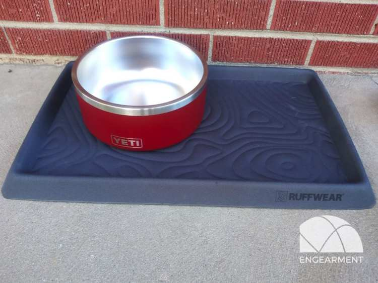 Yeti Bommer Bowl and Ruffear Mat_001