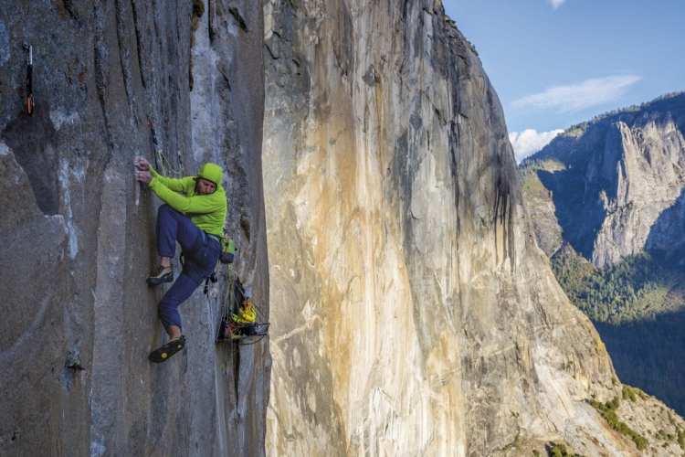 Patagonia R1 - 20 Years of Adventures 2