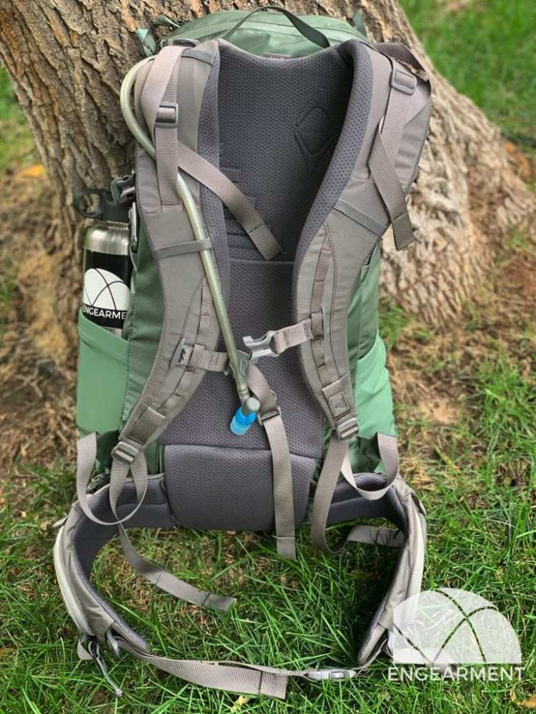 Mystery Ranch Scree Backpack Engearment.com_ backpanel