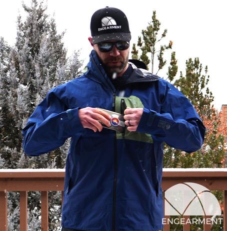 Mountain Hardwear Exposure 2 Goretex Paclite Plus Jacket pocket