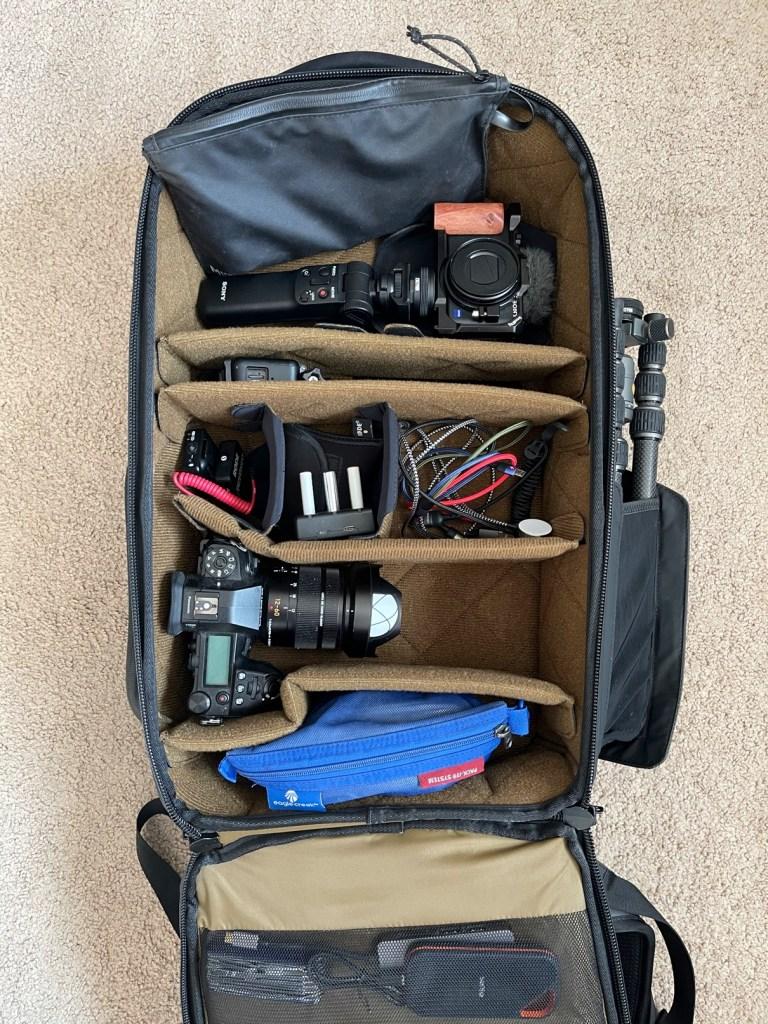 NOMATIC mckinnon camera pack Engearment loaded up