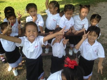Kinder der primary school in Ban Sikeud
