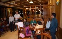 Stiftungsvorstand Christian Engel hielt eine kurze Anspreche, General Manager Khamsing Nanthavongdoungsy übersetzte
