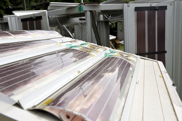 Conhecer a Sunew, a mais moderna linha de fotovoltaicos orgânicos do mundo com utilização de eletrônica impressa.