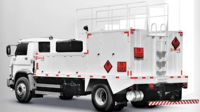 máquinas utilizadas na construção civil Caminhão comboio blog da engenharia