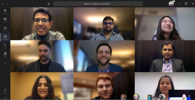 pessoas reunidas em vídeo conferência