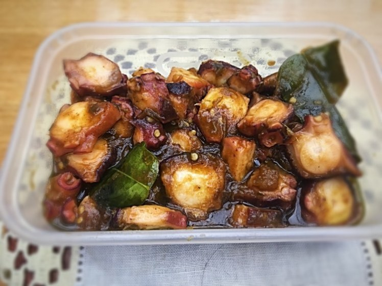 Grilled Octopus legs in green chilli sauce