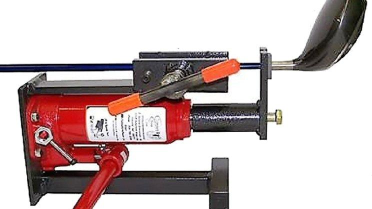 JB's hydraulic shaft puller