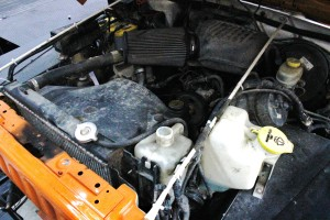 TJ 2.5L stock engine bay