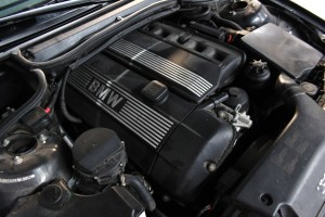E46 325ci test vehicle engine bay