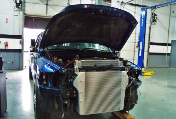 Intercooler with cast end tanks