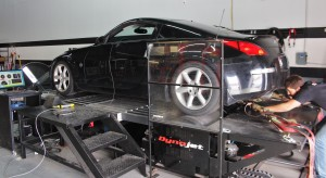 Setting vehicle up for Nissan 350Z intake testing