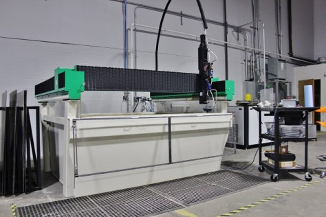 Waterjet cutting bay