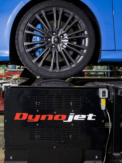 Mishimoto's Dynojet 424x utilizes an adjustable platform with two rollers, one for each axle