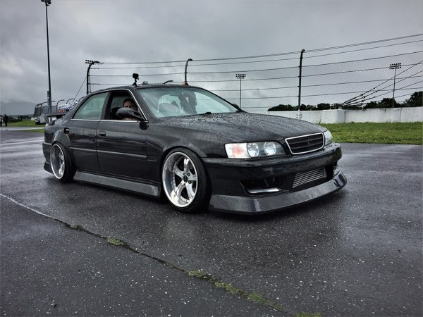 This Toyota Chaser (JZX100) was white just a few months ago