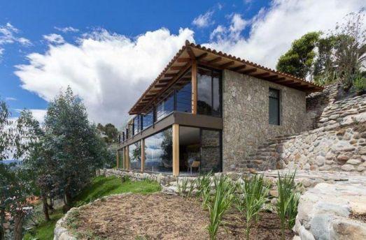 Fachada lateral de la hermosa casa _Casasdeplaya
