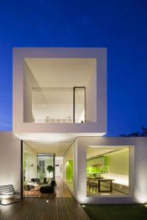 The Shakin Stevens House by Matt Gibson Exemplifies Structured Architecture _architecture
