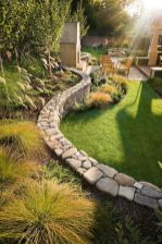 21 Top Ideas For Your Garden_ Summer Is Coming... want to redo the rock walls with this_