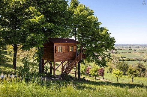 A dreamy treehouse in San Salvatore Monferrato_ Allesandria (Italy) _ 27 Tiny Houses You Can Actuall