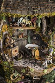 A tiny herb room. Precious herbal arts _ crafts.