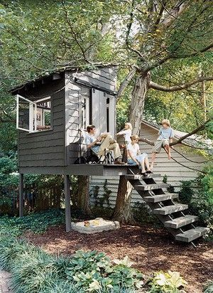 Cozy pictures of tree houses decoration ideas that actually makes sense. _treehousedesign _treehouse _backyardgar