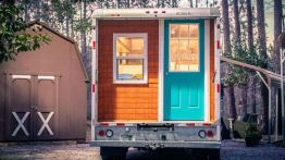 From Box Truck to Tiny House _ Full Build Time_lapse (2)
