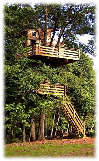 Lovely amazing tree houses decoration ideas trends for 2018. _treehouseideas _treehouselovers _FrontYardViews _Di
