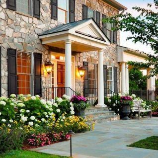 Modern front yard landscaping _modernfrontyard _frontyardlandscaping _ladscapingideas _homeoutdoor