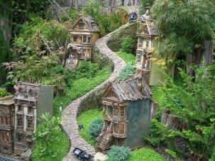 San Francisco in mini _ Chicago Botanical gardens mini railr… _ Flickr