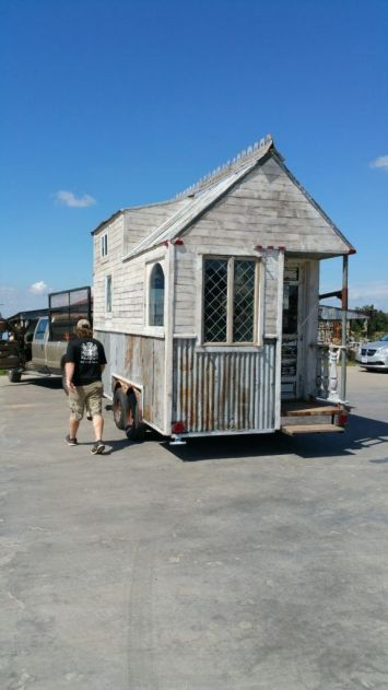 Texas Tiny Reclaimed Home (1)