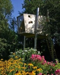 The Modern Tree House _treehouseideas _moderntreehouse _backyardideas _homeoutdoor