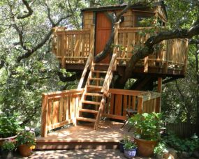 Treehouses for Kids and Adults _ Outdoor Spaces _ Patio Ideas_ Decks & Gardens _ HGTV