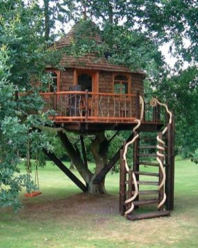 UPDATED May 13_ 2006 Treehouses have a magical quality that sparks the imagination of children and