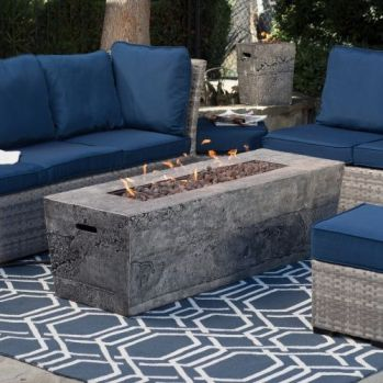 Wonderful lowes modern fire pit designs you can_t afford to overlook. _firepitideas _FirePitsRock _backyardview _DreamRoomDecor