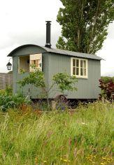 shepherd_hut_with_woodburner_stove