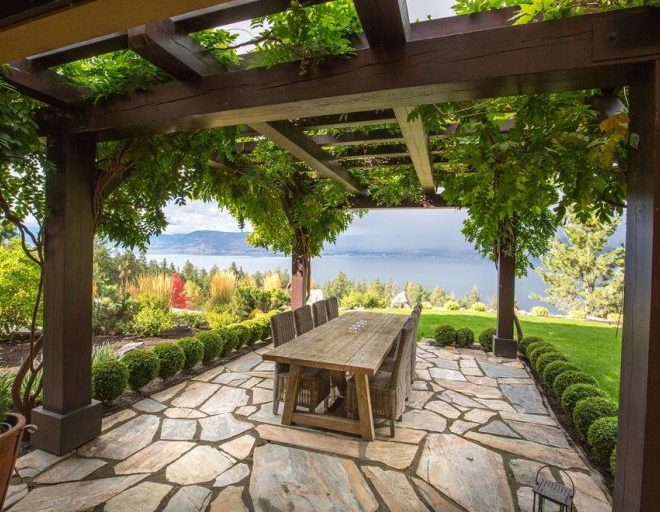 16 Traditional Porch Designs Perfect for Entertaining