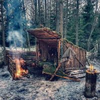 Primitive_Houses_and_Bushwak (18)