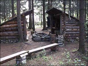 Primitive_Houses_and_Bushwak (58)