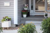 Awesome-Front-Porch-Decor-Ideas-For-Summertime-10