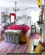 Charming-Eclectic-Boho-Bedroom-Decorating-Ideas-29