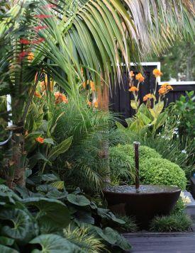 Fabulous-Tropical-Garden-Design-Ideas-That-You-Definitely-Like-14