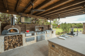 Stunning-Summer-Outdoor-Kitchen-Design-Ideas-13