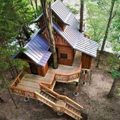 Wonderful-Treehouse-Design-Ideas-To-Beautify-Your-Backyard-01