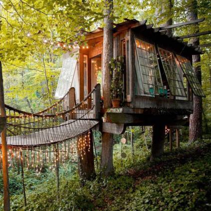 Wonderful-Treehouse-Design-Ideas-To-Beautify-Your-Backyard-26