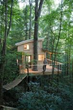 Wonderful-Treehouse-Design-Ideas-To-Beautify-Your-Backyard-29