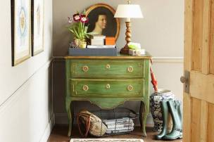 3-Entryway-Styling-Tips-Kings-The-Spruce-58b229bf3df78cdcd88a3b95