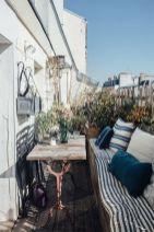 6-Idees-et-pistes-deco-pour-amenager-un-balcon-plein-de-charme-_-Turbulences-Deco